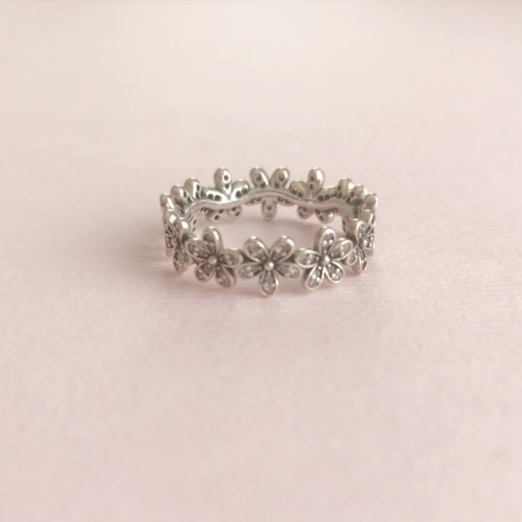 08afadda6 Pandora Dazzling Daisy Meadow Stackable Ring CZ. M_5a6e0b7e8df4705811d94233